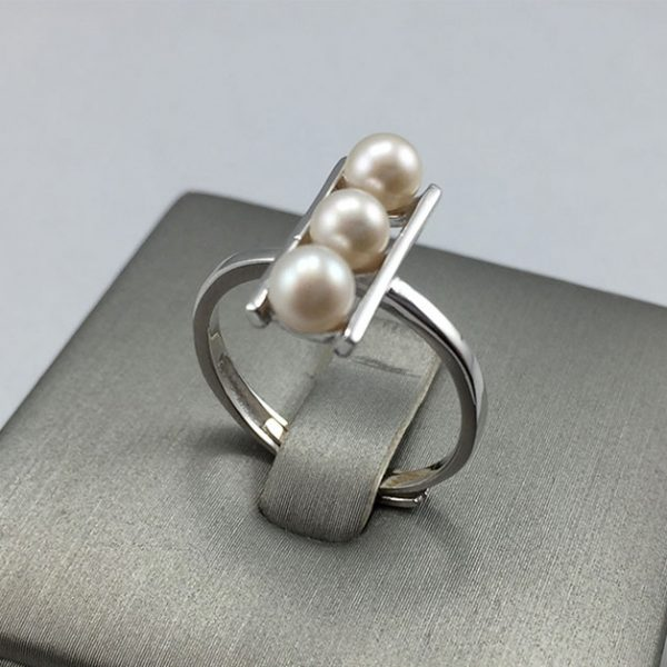 Natural Pearl Silver Ring