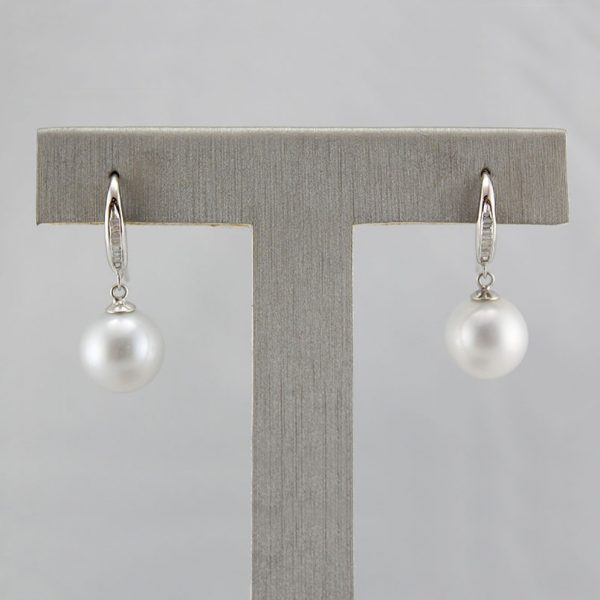 18K South Sea Pearl & Diamonds Earrings