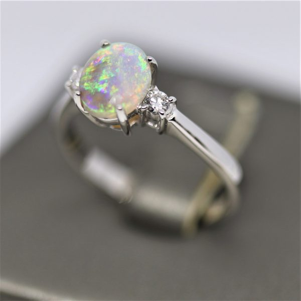 18k White Gold Solid Opal & Diamonds Ring
