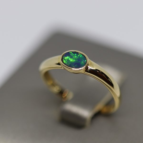 Petit 14k Gold Top Quality Opal Ring