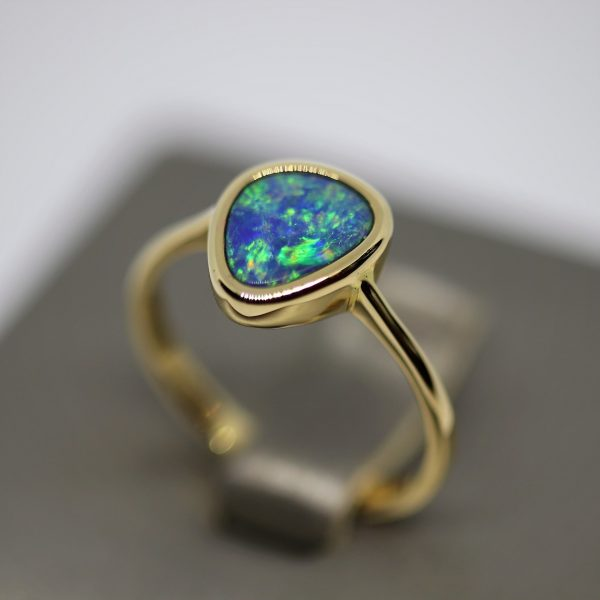 Stunning 14K Doublet Opal Ring