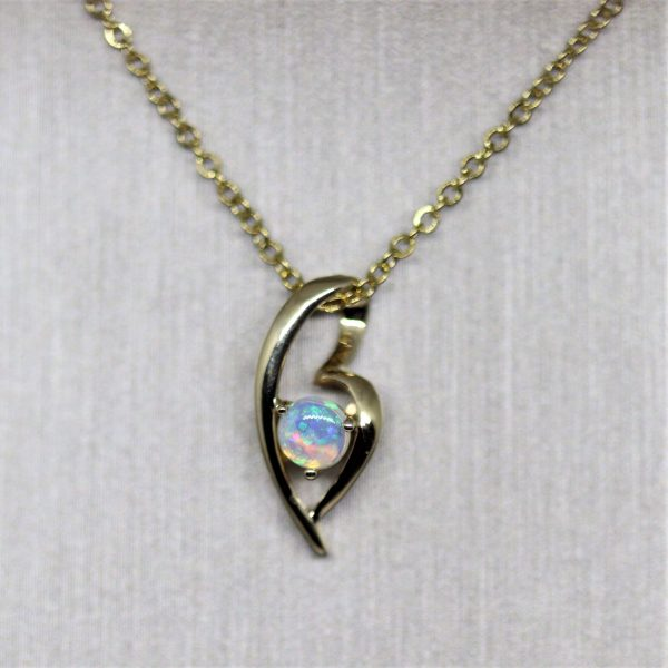 Yellow Gold Crystal Opal Pendant
