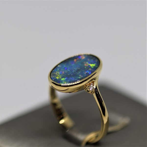 18K Magical Australian Doublet Opal Ring