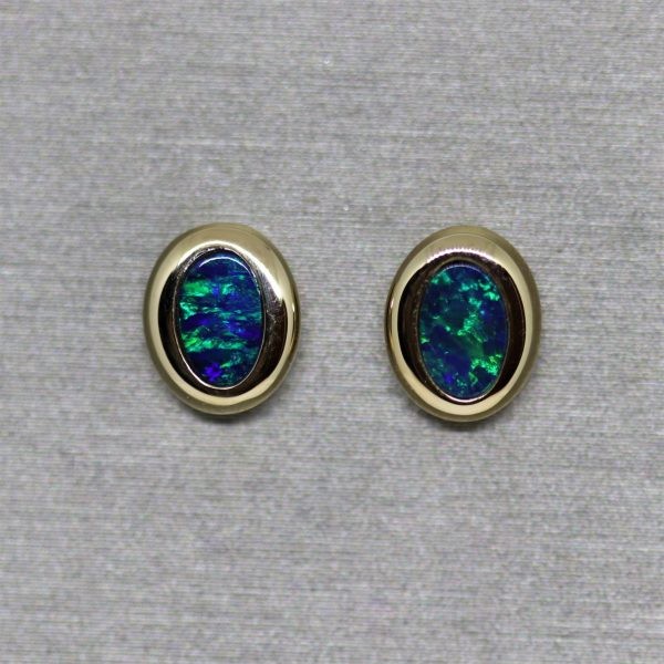 14K Gold Classic Doublet Opal Stud Earrings
