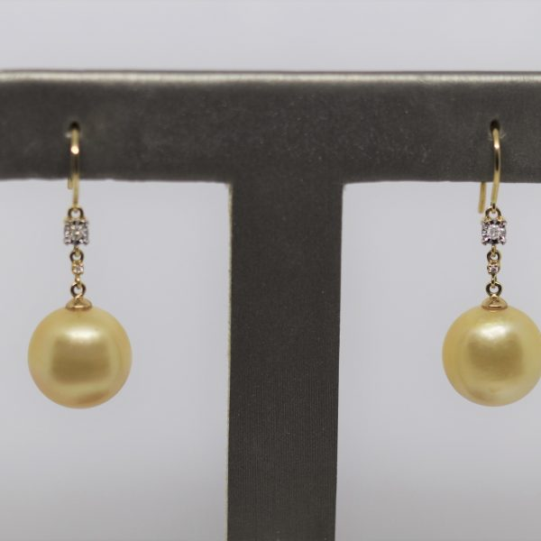 18K South Sea Pearls & Diamonds Earrings