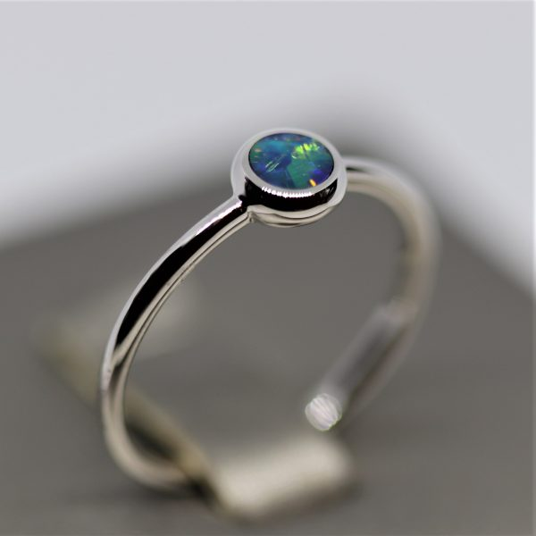 14K White Gold Round Blue & Green Doublet Ring