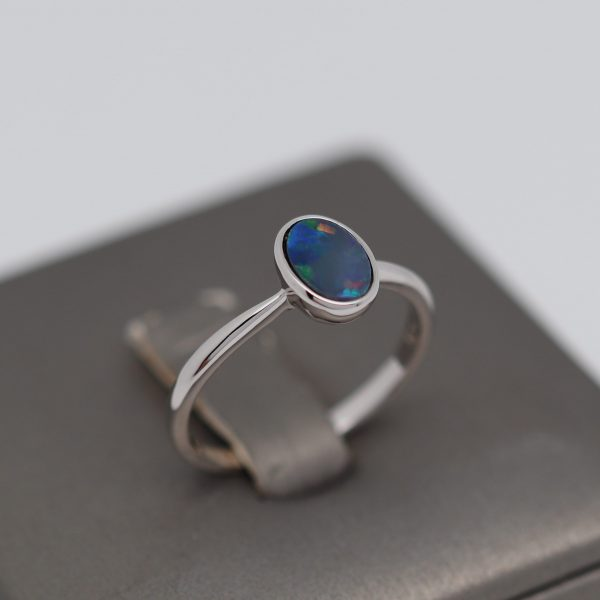 Multicolor Shine Doublet Opal Ring